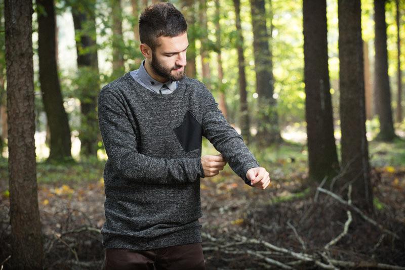 Pattern – pánský svetr, tmavě šedý | Pánské oblečení