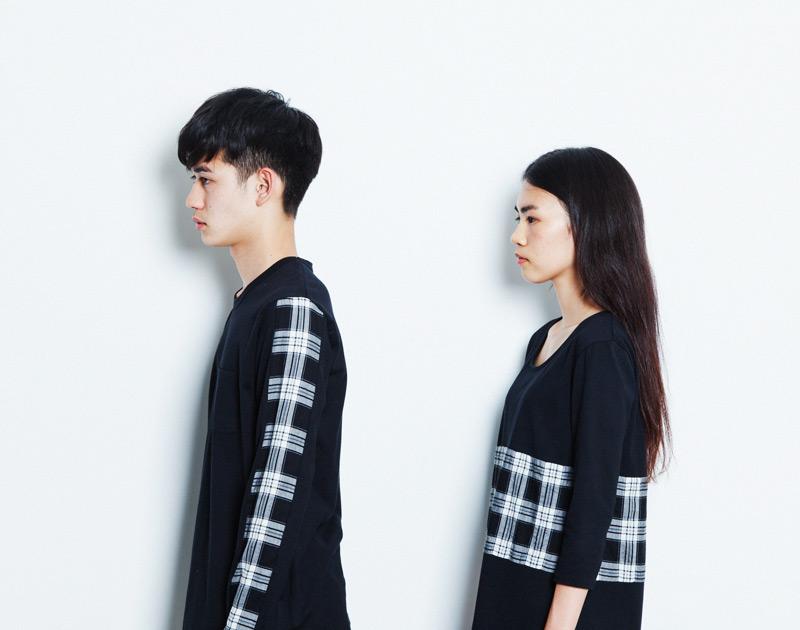 Aloye – pánská a dámská černá mikina, kárované detaily | Japonská móda