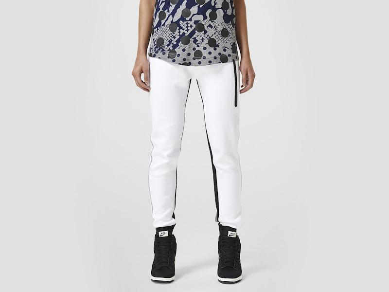 Nike – dámské tepláky, dámské, sportovní, stylové, bílé, běžecké kalhoty | Color Block