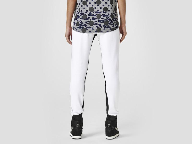 Nike – dámské stylové tepláky, sportovní, bílé, běžecké kalhoty | Color Block
