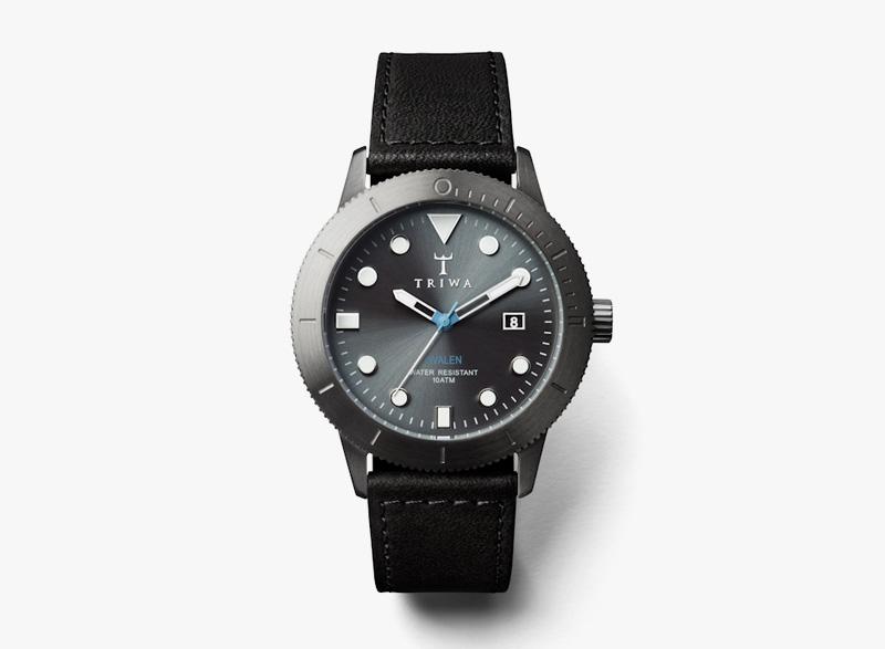 Hodinky Triwa – pánské – černé pouzdro, černý kožený náramek – Walter Hvalen | Náramkové luxusní hodinky