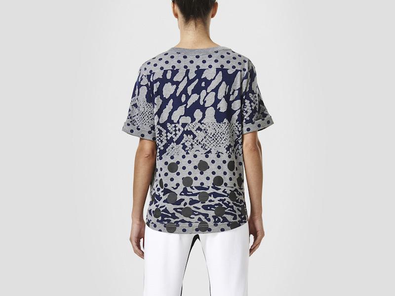 Nike – šedé dámské triko, reflexní prvky, sportovní, vzory, tričko | Color Block