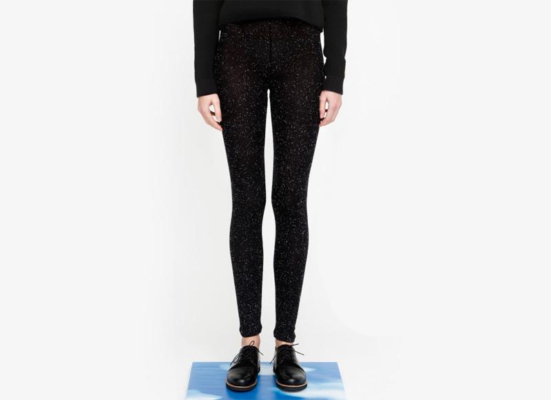 Frisur – černé legíny s bílými tečkami, viskóza | Podzimní a zimní oblečení – dámské