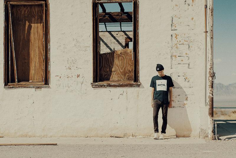 Hotel 1171 – tričko s potiskem | Pánské značkové oblečení