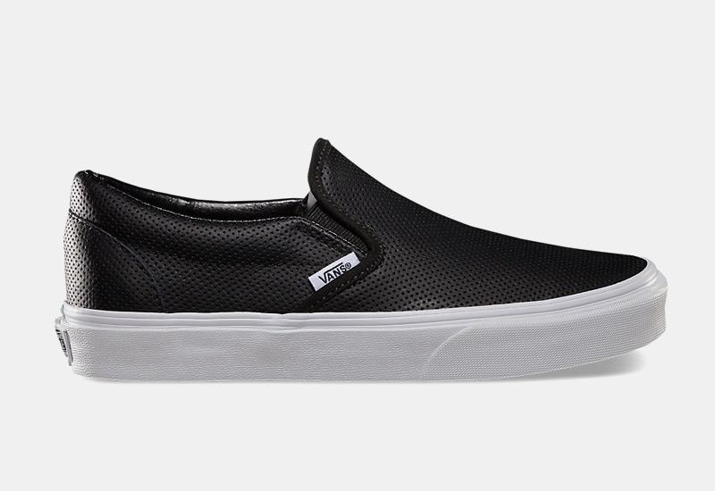 Boty Vans classic Slip On – dámské, pánské, černé, perforované, sneakers bez tkaniček