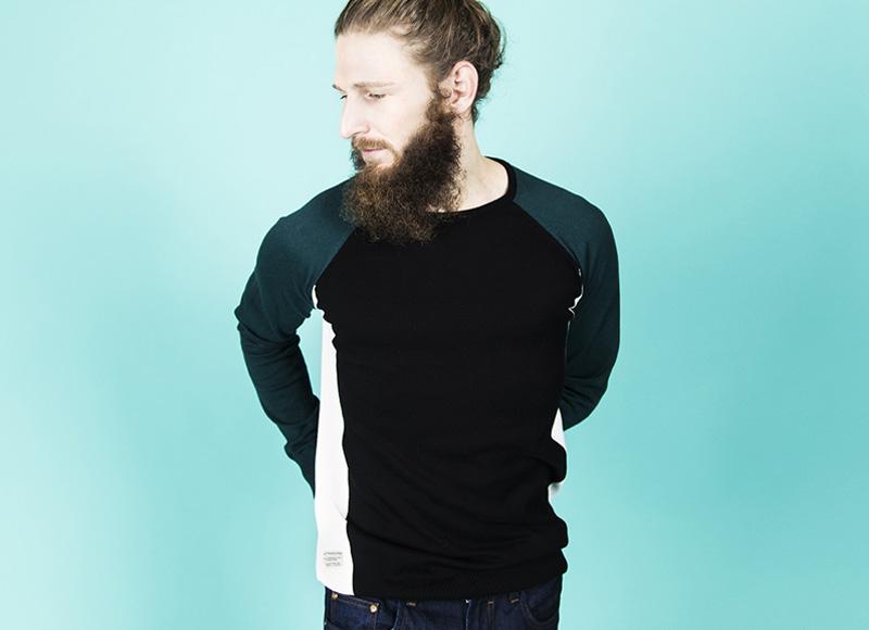 RVLT (Revolution) – pánská černobílá mikina, zelené rukávy | Pánské značkové oblečení, móda