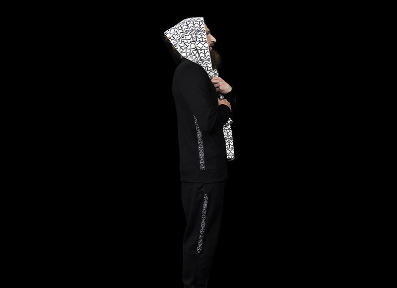 RVLT (Revolution) – pánská černá mikina, , černé kalhoty | Pánské značkové oblečení, móda
