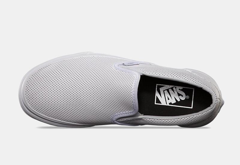 Boty Vans classic Slip On – bílé, dámské, pánské, perforované tenisky bez tkaniček, sneakers