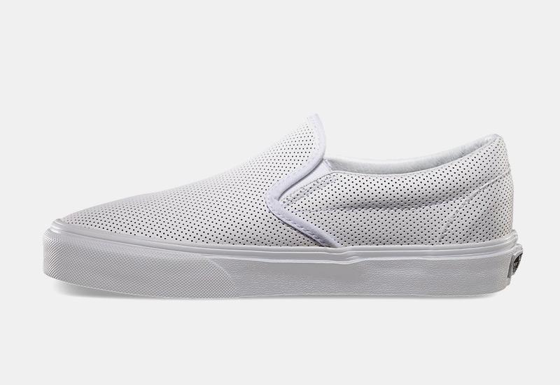 Boty Vans classic Slip On – perforované tenisky bez tkaniček, sneakers, dámské, pánské, bílé