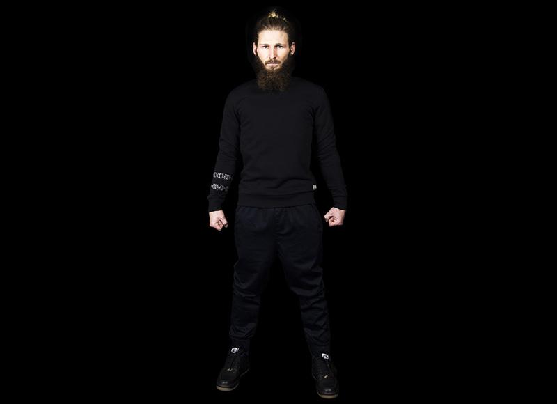 RVLT (Revolution) – černá mikina – pánská, černé kalhoty – pánské | Pánské značkové oblečení, móda