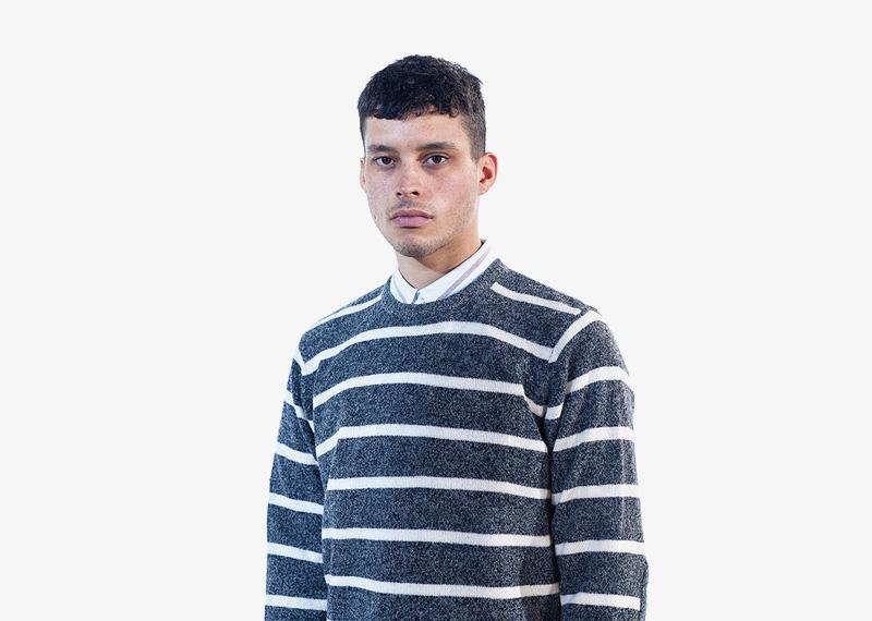 Carhartt WIP – šedý svetr s bílými pruhy, pánský | Pánské značkové podzimní/zimní oblečení