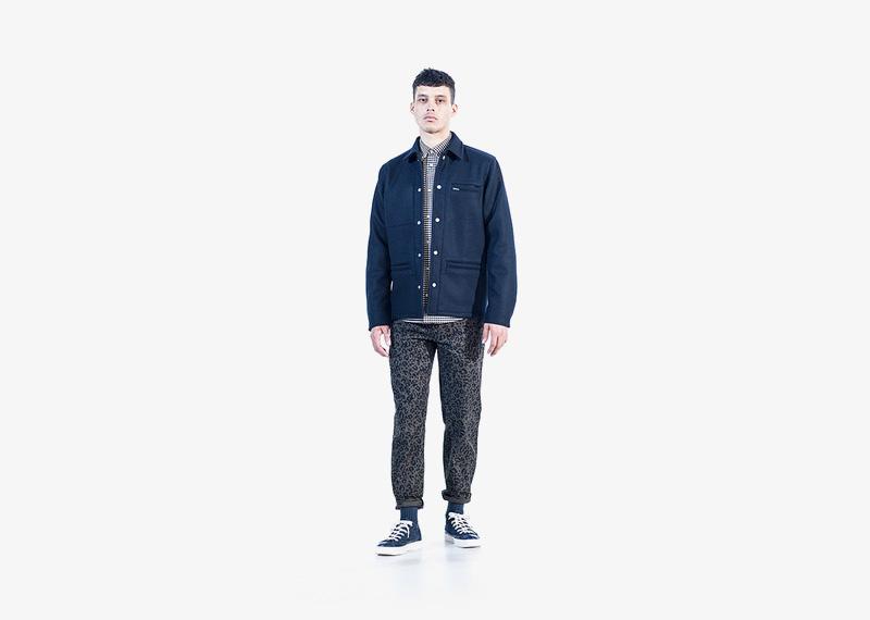 Carhartt WIP – pánská modrá podzimní bunda, kalhoty s leopardím (gepardím) vzorem | Pánské značkové podzimní/zimní oblečení