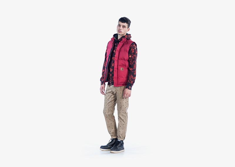 Carhartt WIP – zimní pánská vesta – červená, khaki kalhoty s puntíky, pánské | Pánské značkové podzimní/zimní oblečení