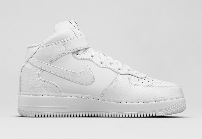 Boty Nike Air Force 1 Mid CMFT – černé a bílé