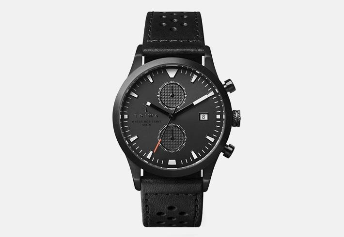 Černé luxusní hodinky Triwa Sort of Black Glow