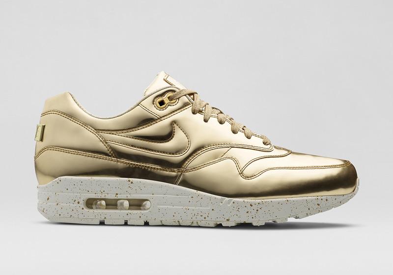 ... Dámské boty Nike Air Max 1 Liquid Metal ve zlatém a stříbrném provedení  ... 635e39b08e0