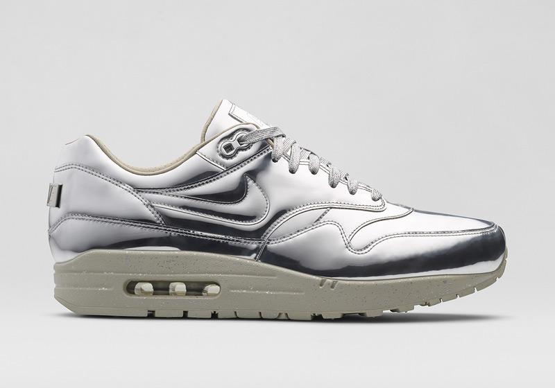 Nike Air Max 1 Liquid Metal – stříbrné tenisky, dámské sneakers, lesklé, bílá podrážka