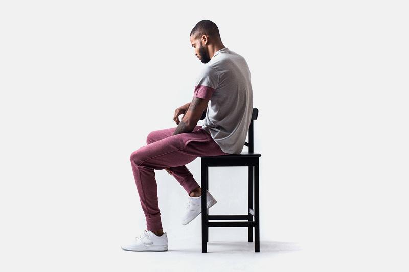 Unyforme – šedé tričko, světle bordó stylové tepláky | Pánské značkové oblečení