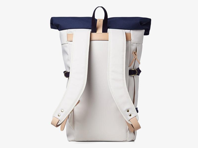 Nanamica – luxusní plátěný batoh, zadní část s popruhy, stylový trendy batoh, cyklistický