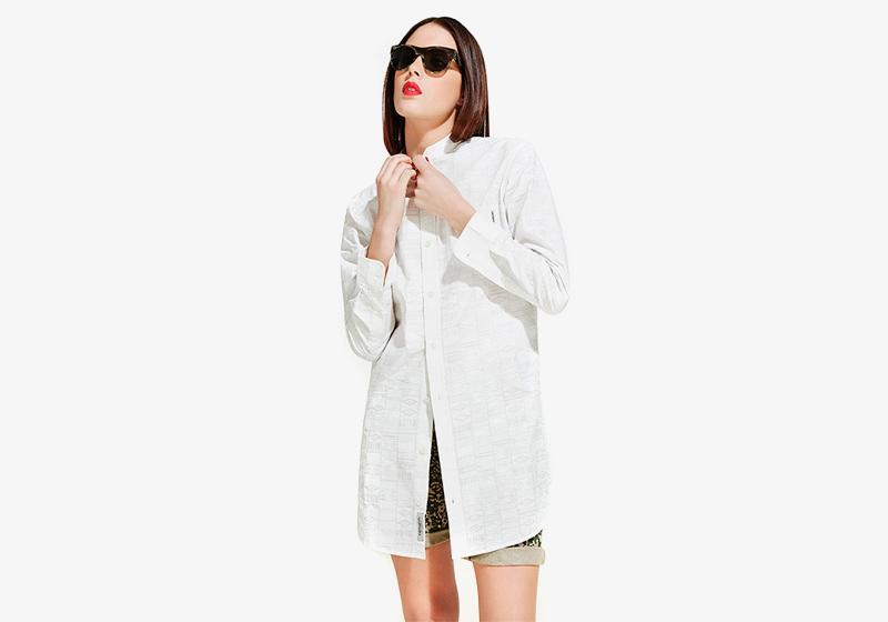 Carhartt WIP – dámská bílá košile pod zadek, dlouhý rukáv