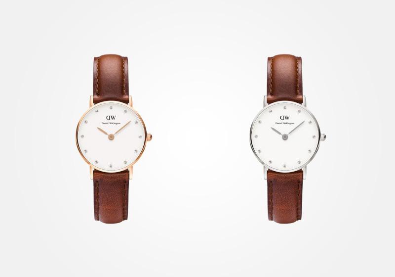 Daniel Wellington – dámské hodinky, náramkové, elegantní – Classy St. Andrews Lady – světle hnědý náramek, bílý ciferník s kamínky