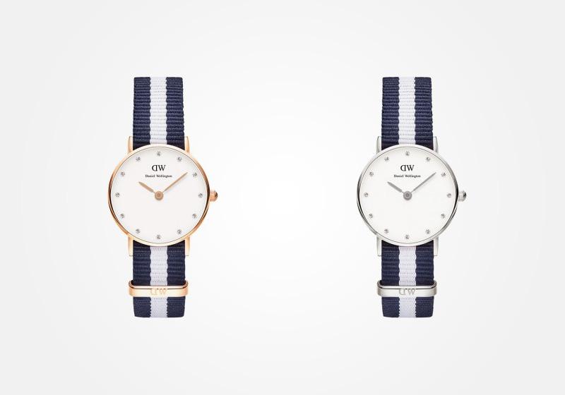 Daniel Wellington – dámské hodinky, náramkové, elegantní – Classy Glasgow Lady – modro-bílý textilní NATO náramek, bílý ciferník s kamínky