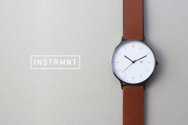 Instrmnt — dámské a pánské hodinky — elegantní, náramkové, hnědý náramek