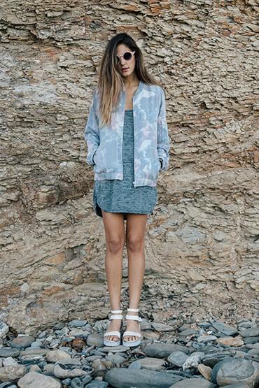 Obey – dámský bomber, šaty se vzorem | jarní oblečení – dámské