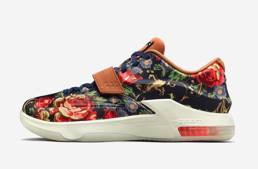 Nike KD 7 EXT Floral – basketbalové boty, saténové, Kevin Durant, s květinovým vzorem