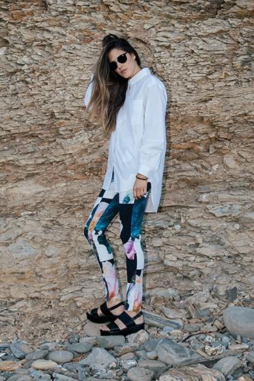Obey – dámská dlouhá košile s dlouhým rukávem, barevné legíny | jarní oblečení – dámské