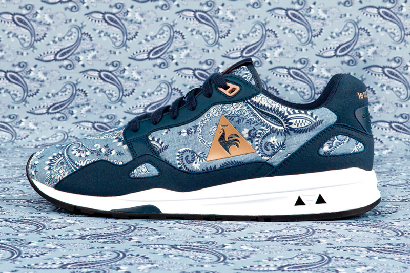 Le Coq Sportif x Liberty – běžecké tenisky LCS R 900 se vzorem, modré | Běžecká obuv