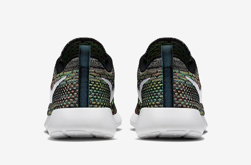 Nike Roshe Run Flyknit – běžecké boty, tenisky, dámské – barevné, multicolor, zadní pohled