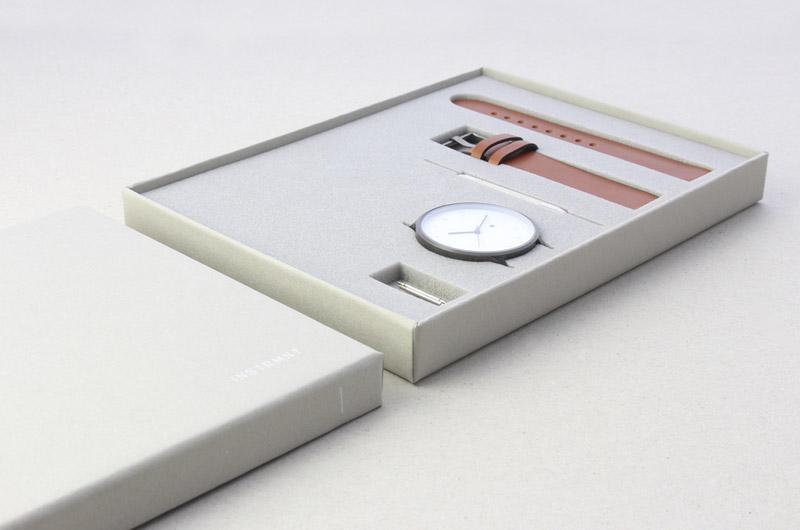 Instrmnt — krabička pro hodinky