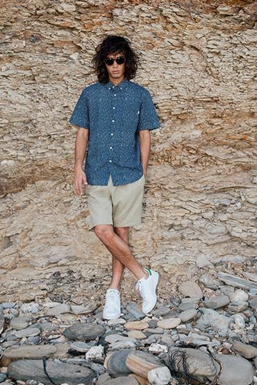 Obey – modrá košile se vzorem a krátkým rukávem – pánská, šortky (kraťasy)