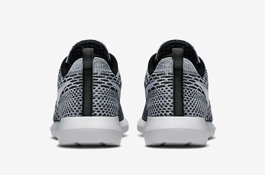 Nike Roshe Run Flyknit – běžecké boty, tenisky, pánské – šedé, zadní pohled