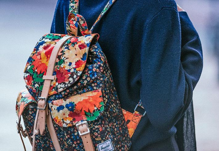 Dámské batohy Herschel Supply x Liberty s květinovými vzory