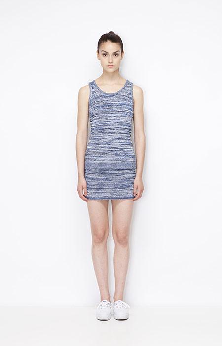 Ucon Acrobatics — dámská sukně a tílko se vzorem modré barvy — dámské oblečení — jaro/léto 2015