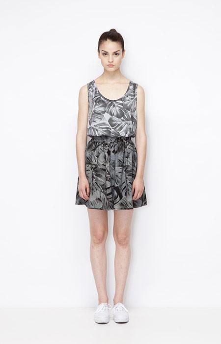 Ucon Acrobatics — tílko a sukně s rostlinným vzorem – monstera — dámské oblečení — jaro/léto 2015