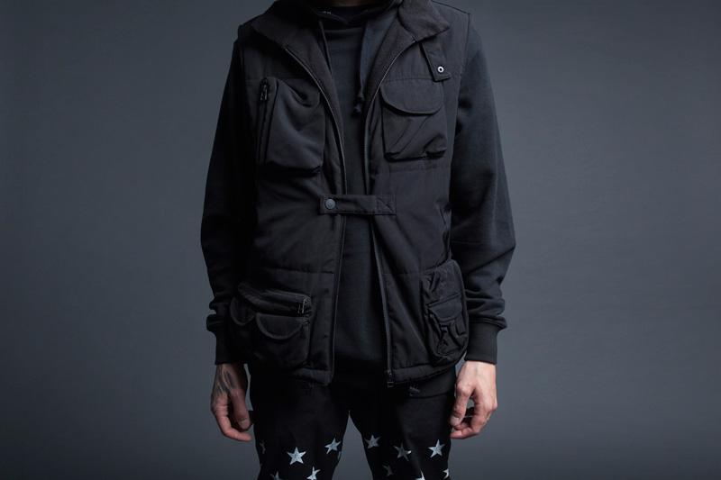 Black Scale – pánská černá bunda s kapsami – jaro 2015