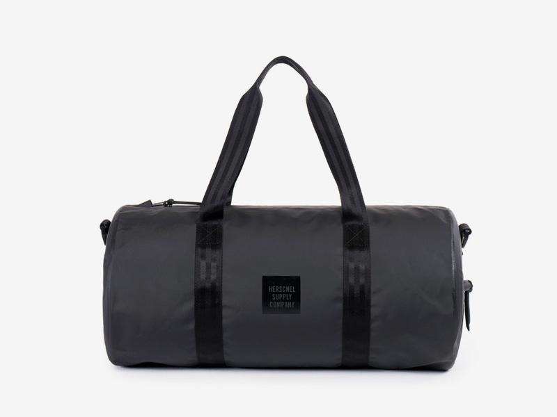 Herschel Supply Studio – cestovní taška do ruky/na rameno, voděodolná, černá, vodotěsné zipy – Sutton Duffle Mid Volume