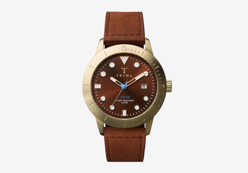 Triwa – hodinky – dámské a pánské – hnědý ciferník, pozlacené pouzdro, hnědý kožený náramek – Chestnut Hvalen