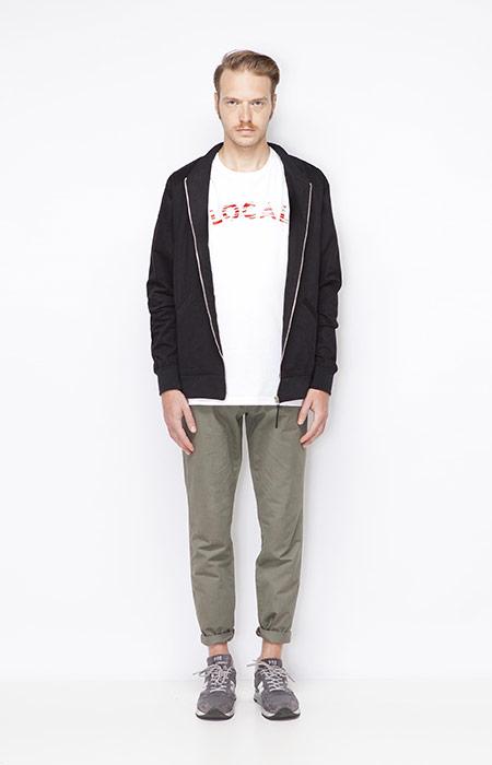 Ucon Acrobatics – šedo-zelené pánské kalhoty, pánská černá mikina na zip s kapucí – oblečení jaro/léto 2015