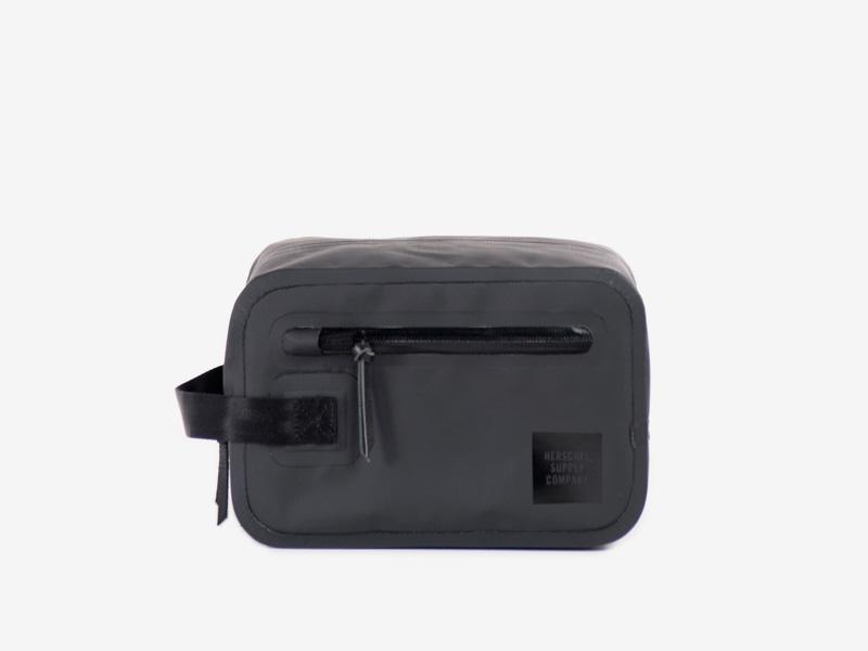 Herschel Supply Studio – černá toaletní taštička – Chapter Toilet Bag