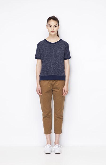 Ucon Acrobatics — 3/4 (tříčtvrteční) dámské hnědé kalhoty, modrý top (tričko) — dámské oblečení — jaro/léto 2015