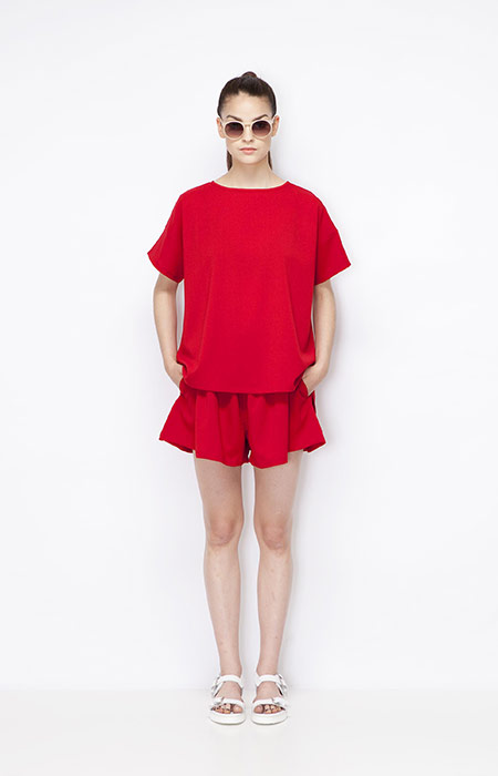 Ucon Acrobatics — červený letní top, červená letní sukně — dámské oblečení — jaro/léto 2015
