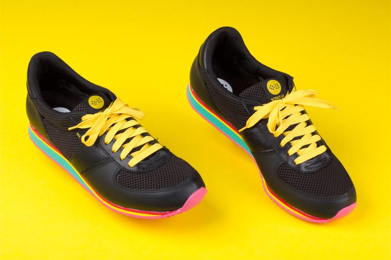 Botas 66 — Disco Freak — běžecké černé retro tenisky, kožené boty, barevná podrážka, dámské a pánské