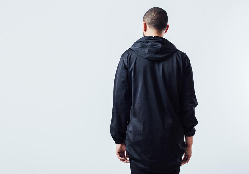 Unyforme — černá jarní bunda s kapucí – pánská — pánské trendy oblečení – jaro 2015