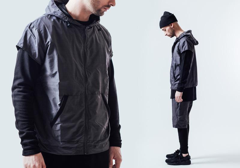 Unyforme — šedá pánská vesta s kapucí — pánské trendy oblečení – jaro 2015
