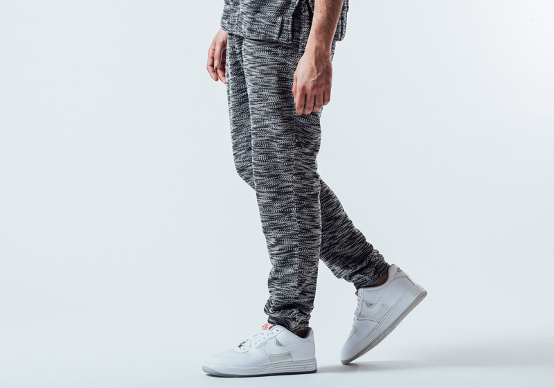 Unyforme — šedé kalhoty (tepláky) se vzorem, pánské — pánské trendy oblečení – jaro 2015