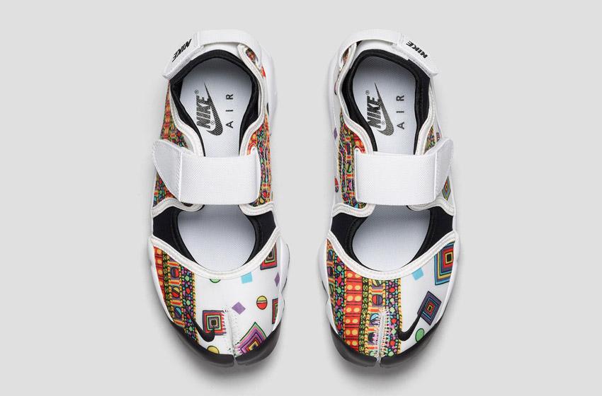 Nike Air Rift Liberty Merlin — dámské bílé sportovní sandály se vzorem, horní pohled